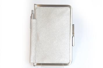 革職人  Sachiの手作り,がま口を使った手帳ケース,シャンパンゴールド×アンティー  ク