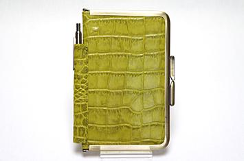 革職人Sachiの手作り,がま口を使った手帳ケース,ピスタチオ,緑